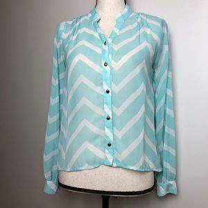 Tops - Sheer Blouse in Extra Small